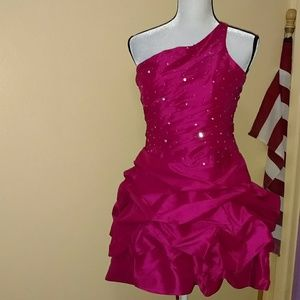 Cinderella divine 1 shoulder gown with sequins. L